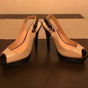 Size 8 nude and black Guess heels!